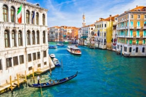 "How to Fund a Trip to Italy by Creating a ""Travel Tour"""