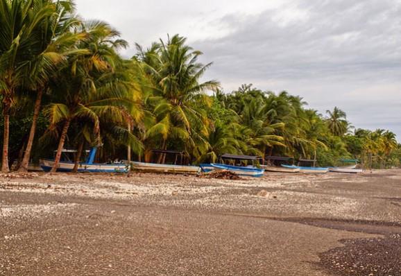 samara-beach-fishing