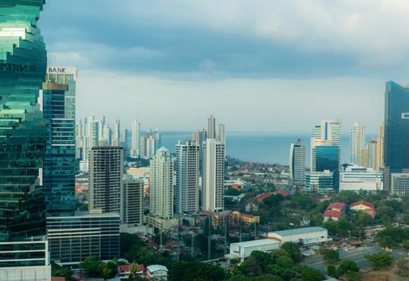 panama-city-comfortable-liv