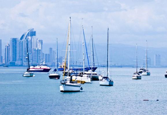 panama-boats