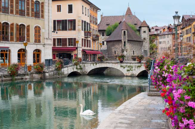 retiring in europe, Annecy, France