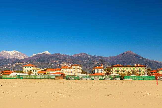 Versilia Beach, France