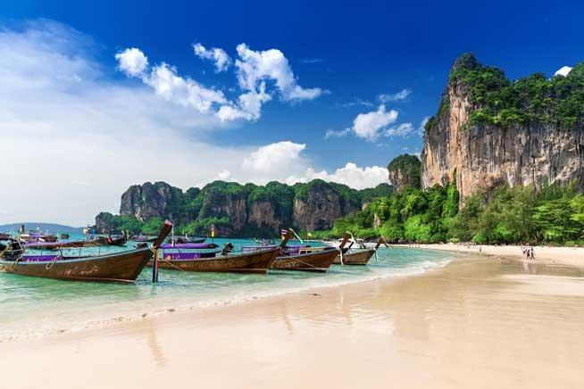 Beach-Town Thailand