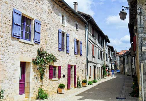 french cottages and real estate
