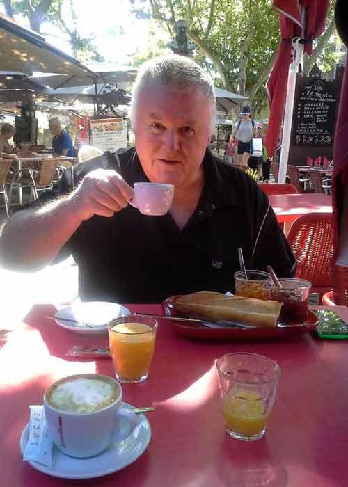 Carcassonne breakfast
