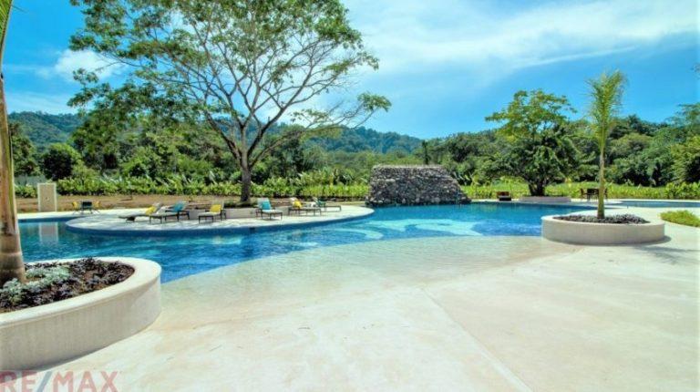 Ciudad del Mar Community Pool