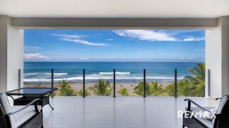 Diamante-Del-Sol-N502-Balcony