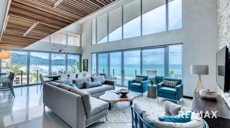 Diamante-Del-Sol-Penthouse-For-Sale-Jaco-Living Room