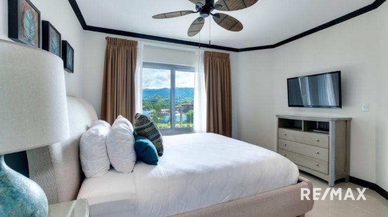 Diamante-Del-Sol-N502-Master Bedroom 1