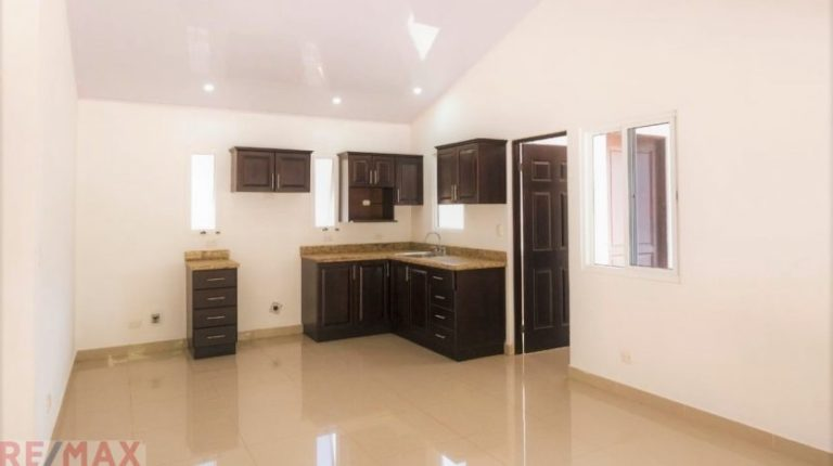 New-affordable-homes-Jaco-Beach-Kitchen