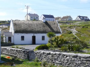 houses on the Aran Islands credit Nazareen Heazle