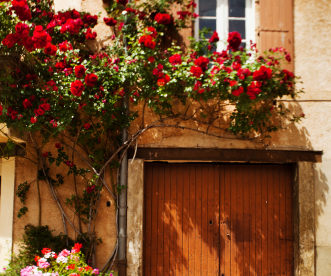 """3 """"On the Cheap"""" Travel Secrets - Skip Customs, Rent a Car, Own in France"""