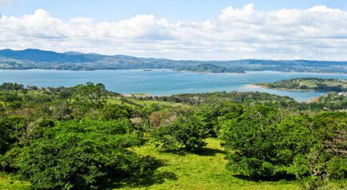 lake-arenal