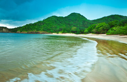 A Low Cost of Living, Excellent Health Care, and a Great Climate: Why Expats Choose Costa Rica