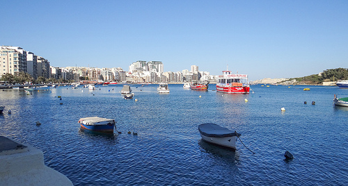 A seaside promenade runs along Sliema's waterfront and is a popular spot for a late-afternoon stroll. Facing this pretty waterfront is a string a busy restaurants, shops, and bars, with outdoor tables for enjoying the view.
