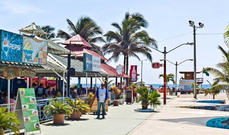 Manta beach