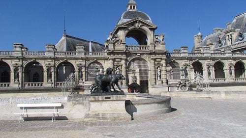 For expats, Chantilly is idyllic in more ways than one. Not only is it beautiful and close to Paris, but it also has a large international community.