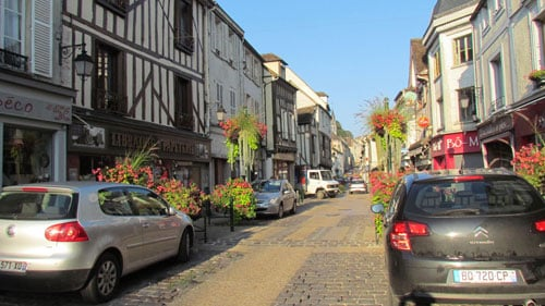 Provins is a fantastically well-preserved medieval city on the border between the Île de France and Champagne regions.