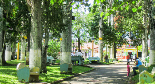 Starting a New Life in Atenas, Costa Rica
