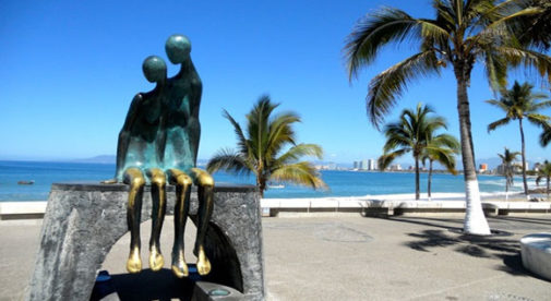 puerto-vallarta-statues
