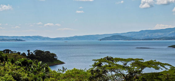 5 Reasons To Move To Lake Arenal, Costa Rica