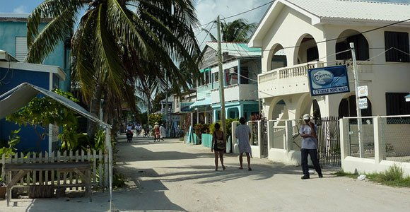 canadians buying in belize