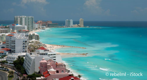 cancun, Living Overseas