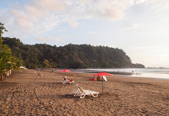 The skyline of Jacó's beachfront has grown steadily over the years. One of the most developed beach resorts in the country, Jacó has plenty of options for dining, shopping, watersports, and just lazing on the beach.