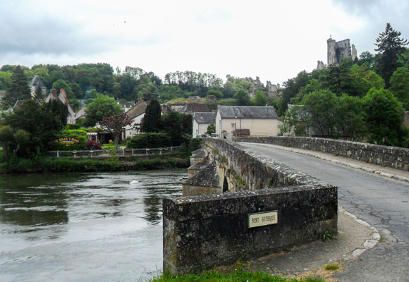 Lavardin is offically one of the most beautiful villages in France and the Pont Gothique bridge stands there over the Loire River.