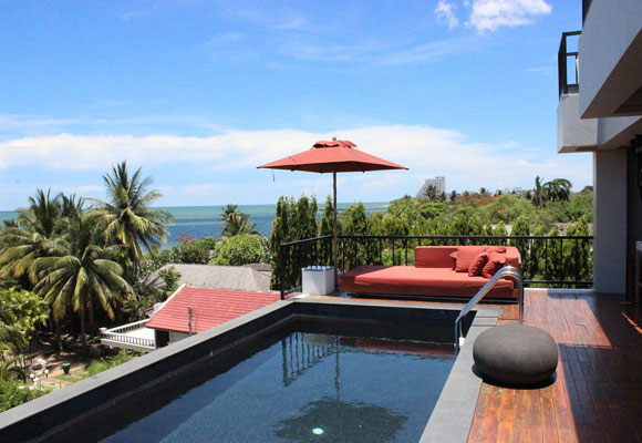 Hua Hin's Dune Boutique Hotel only has five rooms as well as this wonderful rooftop restaurant where you can enjoy fine dining and a spectacular view in a relaxed setting.
