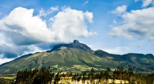 Cotacachi, Travel