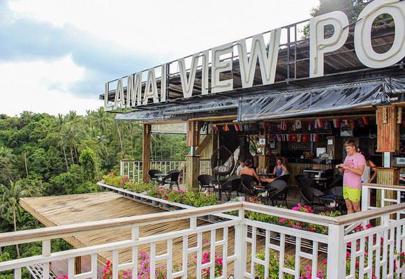 There are many great expat hangouts in Koh Samui including this bar offering fantastic views. You'll find a thriving expat population making it easy to make new friends.