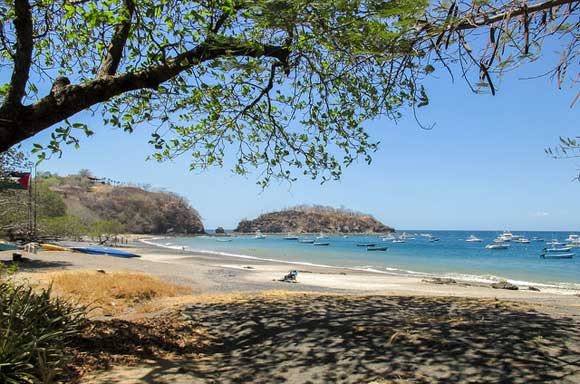 In the province of Guanacaste, you'll find the ease and tranquility of beach living with enough modern-day amenities to live comfortably.