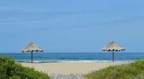 Salinas, Ecuador, Relaxed Pace of Life in Salinas