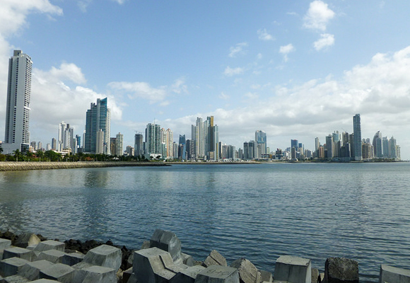 Panama City offers expats the perks of living by the beach, while still maintaining all the major city conveniences.