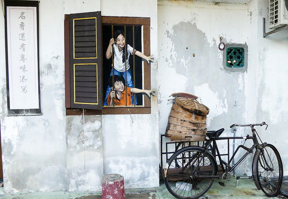 It would be hard for you to avoid street art in George Town. This free form of entertainment showcases some brilliant artistry throughout the city.