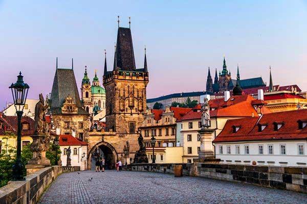 Explore-Prague