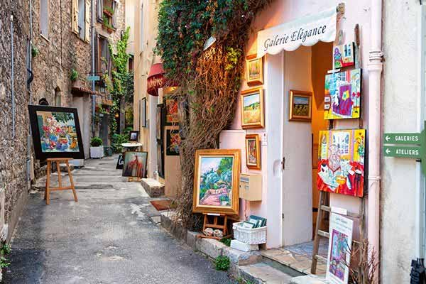 Lifestyle-in-Mougins-France