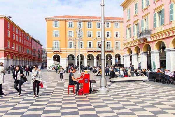 Retire-in-Nice-France